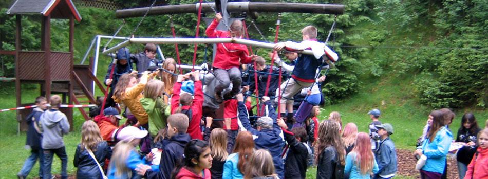 Besuch der Turmbaude und des Abenteuerspielplatzes in Masserberg